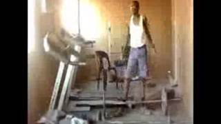 skinny guys trying to workout (FUNNY)