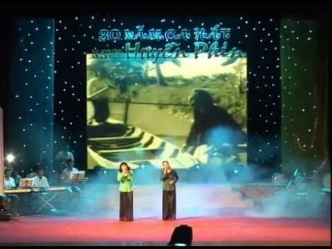Hai chi em  Huyền Sim   Huyền Phin  live show 30 năm ca hát NSƯT Huyền Phin