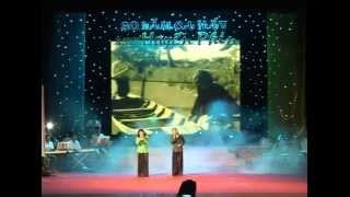 Hai chi em,  Huyền Sim, Huyền Phin , live show 30 năm ca hát NSƯT Huyền Phin