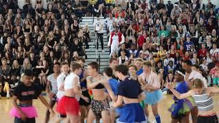 Dreyfoos 2018 Freshmen Powderpuff Dance
