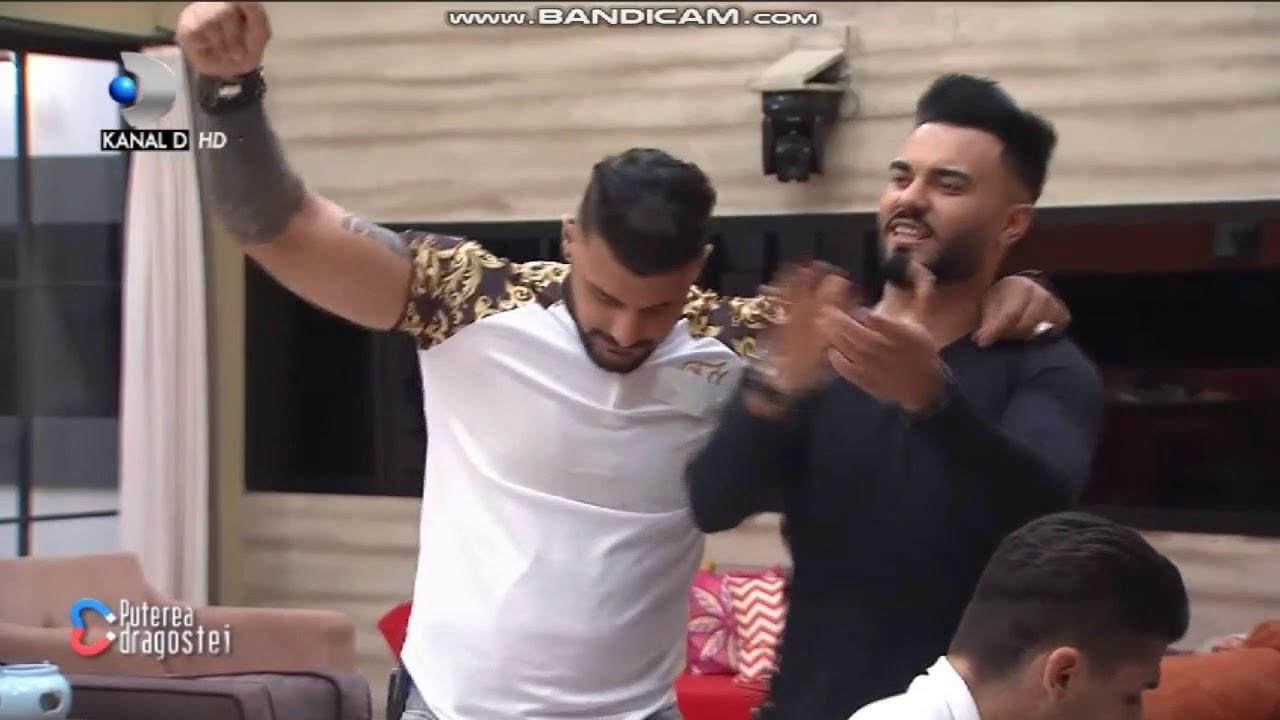 Jador si Adrian canta in casa puterea dragostei :)))
