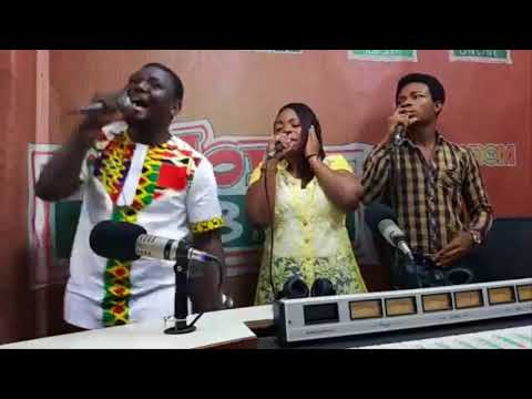 Adom Live Worship 2018: Watch Kwamena Idan Together With Erico Amazing Live Worship - Part.1