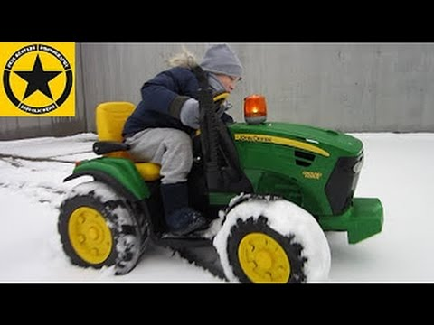 PEG PEREGO - John Deere Ground Force SNOW PATROL operated by Jack Jack