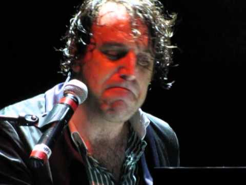 chilly gonzales rouen june 6 2013 happy birthday frere. Black Bedroom Furniture Sets. Home Design Ideas