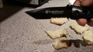 Video SMITH AND WESSON EXTREME OPS KNIFE REVIEW download MP3, 3GP, MP4, WEBM, AVI, FLV September 2017