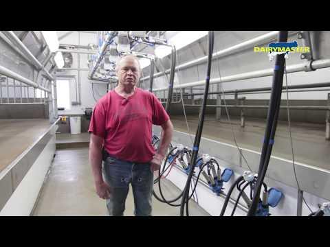 Dairymaster Swing 8 [Debauch Organic Dairy Farm WI, USA]