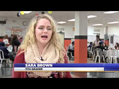 "Students celebrate ""Friendsgiving"" at Martinsburg High School"
