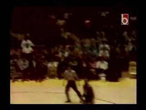 Bob Lanier vs Jojo White