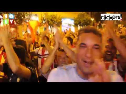 Los Jugadores del Algeciras CF llegan a la Fuente del Milenio para celebrar su ascenso