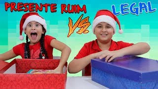 NÃO ESCOLHA O PRESENTE DE NATAL ERRADO - Christmas Present Challenge!!!