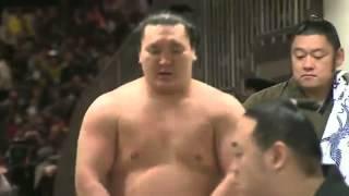 白鵬-鶴竜 白鵬に土 大相撲初場所千秋楽.