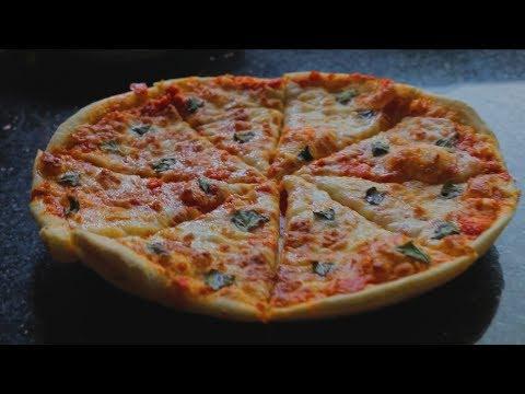 صورة  طريقة عمل البيتزا طريقة عمل البيتزا الإيطالي مثل المحلات طريقة عمل البيتزا من يوتيوب