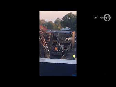 Day after na de brand in Nunspeet bij Stella