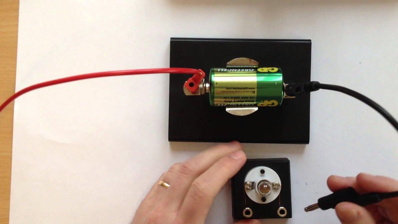 Film 49: Batteri och glödlampa