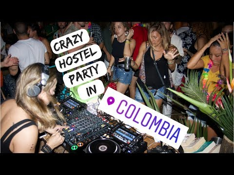 BUDGET BACKPACKER GUIDE TO COLOMBIA COAST :: Palomino + El Rio Hostel Party