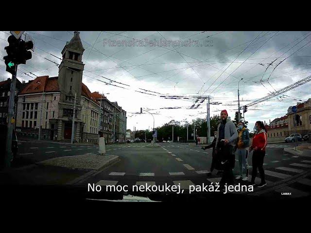 Všichni na červenou, protisměrem na dálnici a zákeřný semafor - Mix 199.