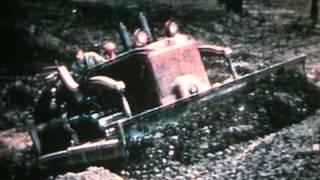 Repeat youtube video Bucyrus Erie & IH Crawlers circa 1950s Part 1
