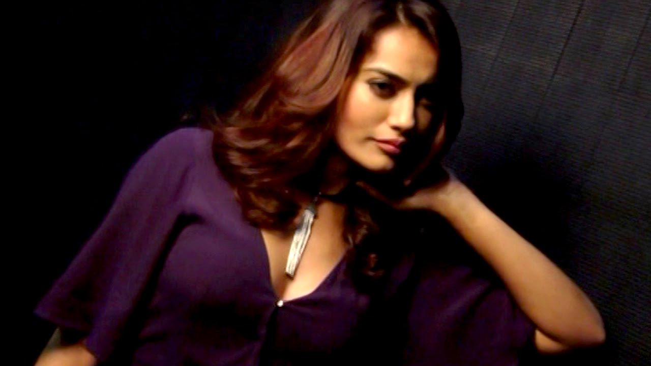 Watch Surbhi Jyoti video