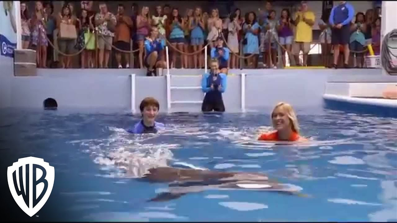 Dolphin Tale 2 - Sawyer and Bethany Swim With Winter ...