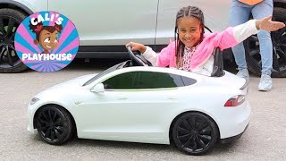 Cali's New Awesome Car | Cali's Playhouse