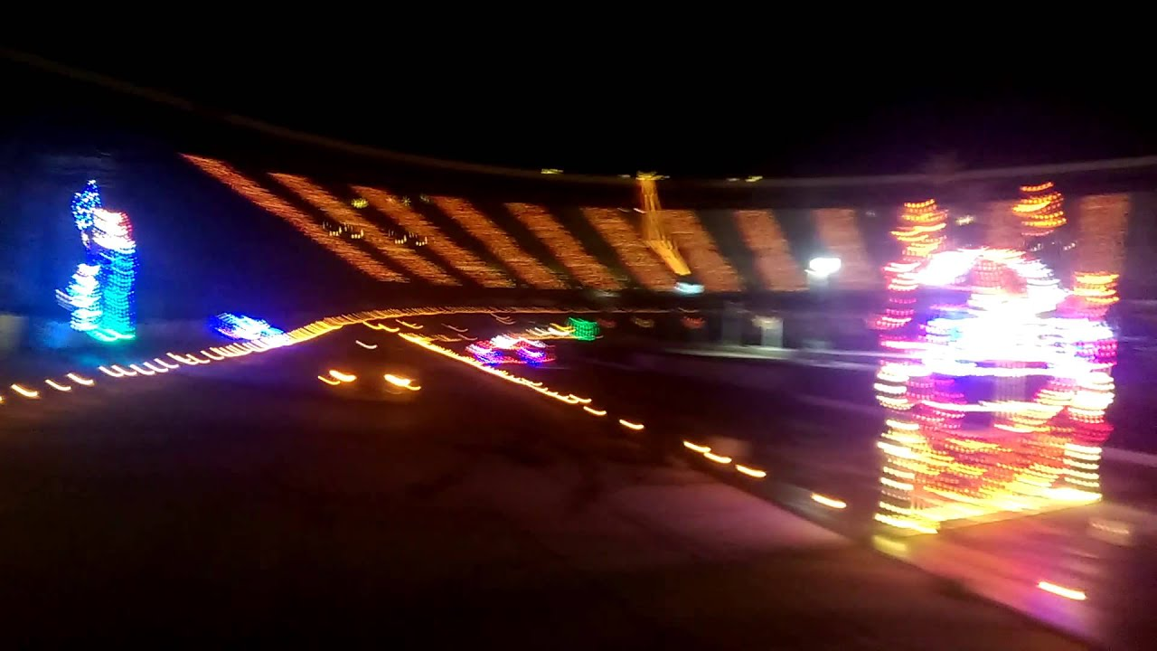 Bristol motor speedway light show - YouTube