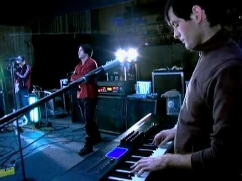 Nine Inch Nails - Everyday is exactly the same (Español Subs) Live