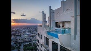 Market Square Plaza - SkyPool Houston