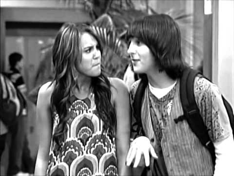 Is miley cyrus dating mitchell musso