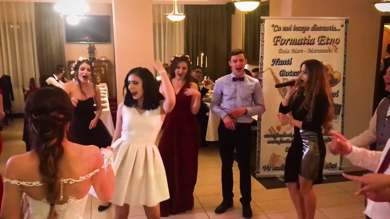 Xenia Costinar Nunta Baia Mare Solista De Muzica Usoara Si