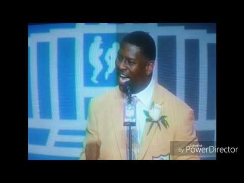 LaDainian Tomlinson Buck dancing on his HOF Speech