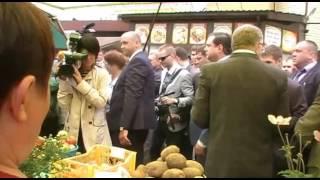 Владимир Жириновский посетил Смоленск(, 2016-08-18T12:59:15.000Z)