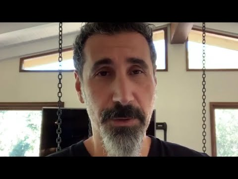 """Serj Tankian Asks Fans To """"Convince"""" System Of A Down To Release Music"""