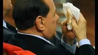 Dal trucco di fondotinta, al vero volto di Berlusconi
