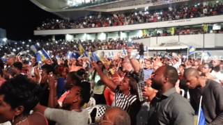 Sinach in Barbados performing I know who I am.