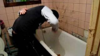 Видеоурок как правильно разбить бутылку об голову
