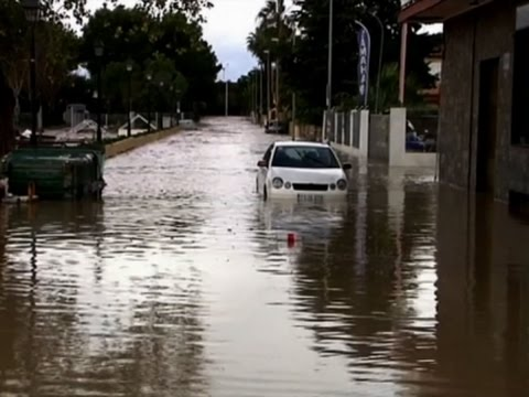 Raw: Heavy Rains Cause Severe Flooding in Spain
