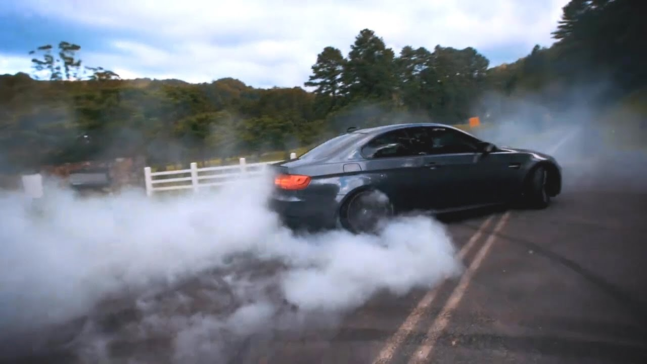 Drift Car Wallpaper Hd Bmw M3 E92 W Armytrix Exhaust Massive Burnout Drift