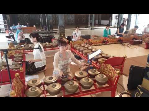 Gamelan japanese performance