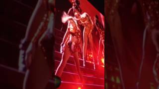 Beyoncé - Ring The Alarm/Diva/Flawless/Feeling Myself/Yoncé (Formation World Tour Philly 6/5/2016)