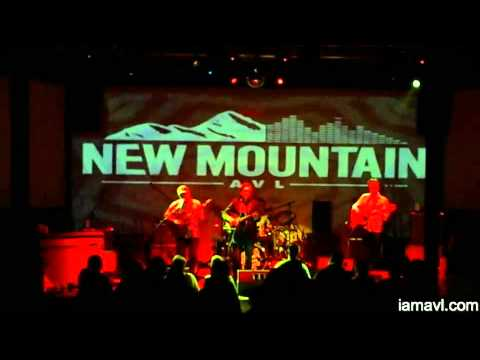 Andrew Combs @ New Mountain 4-18-2015
