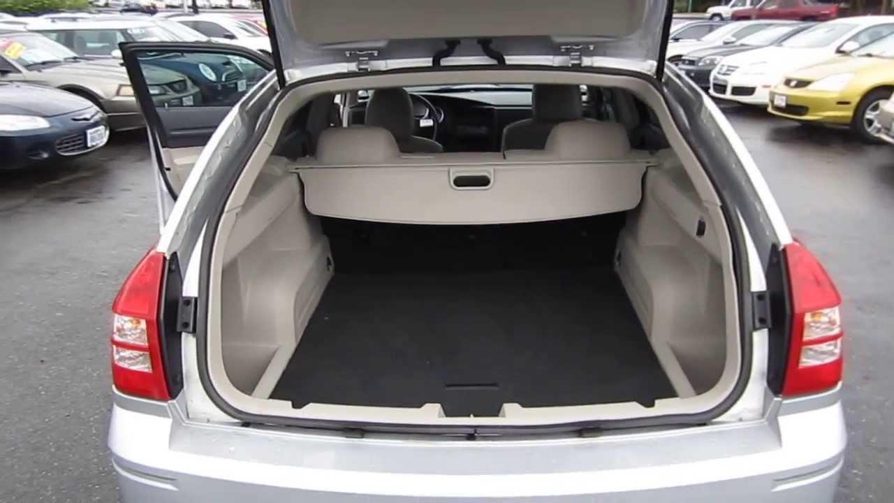2005 Dodge Magnum, Silver   STOCK# L682685   Interior And Engine