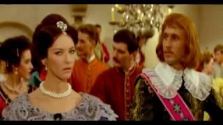 """Барбара Брыльска и Магдалена Завадска в фильме """"Пан Володыёвский"""" (1969), часть 2-я."""