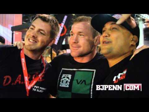 Matt Hughes Surprises BJ Penn At UFC Fan Expo Booth