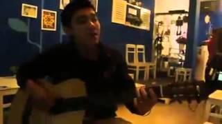"""Đàn guitar và hát """"Có một dòng sông đã qua đời"""""""