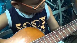 em tan cuong dan guitar