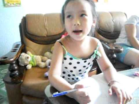 Bé Miu Miu, 5 Tuổi. Bố Em Là Công Nhân Lái Xe