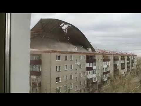 Снесло крышу ветром