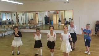 Первый год обучения  Дети танцуют  Танцы диско  Disco  Вальс