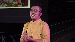 Turnback Hoax with literacy  | Rizal Hamka | TEDxDigulisPark