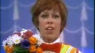 Sesame Street - Caroll Burnett demonstrates a nose